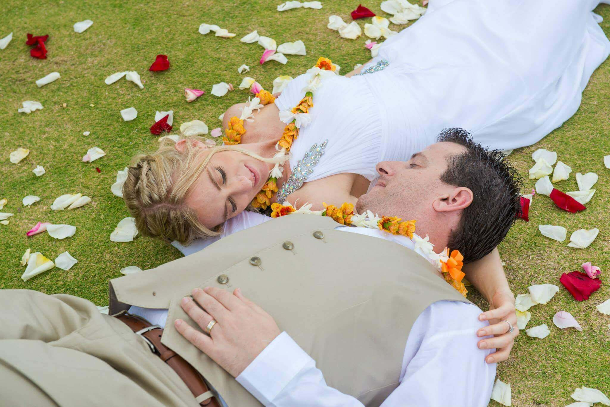 We specialize in Affordable, All Inclusive Hawaii Wedding