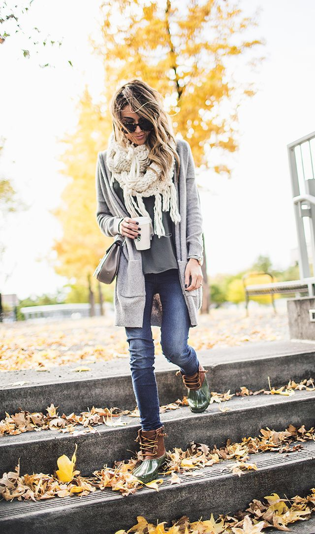 b1552eca862 Pin by Lori Heather on Fashion in 2019 | Fashion, Duck boots outfit ...