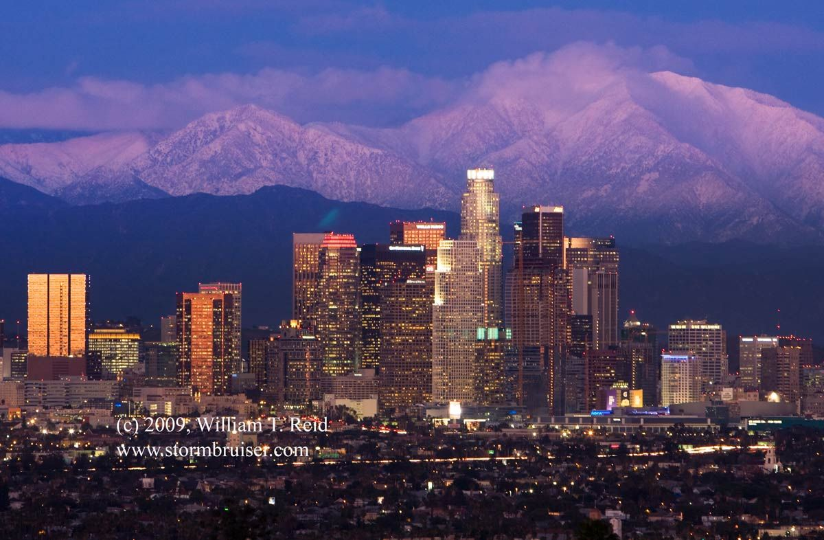 Winter Fashion That Fits The Weather San Gabriel Mountains Los Angeles Skyline Skyline