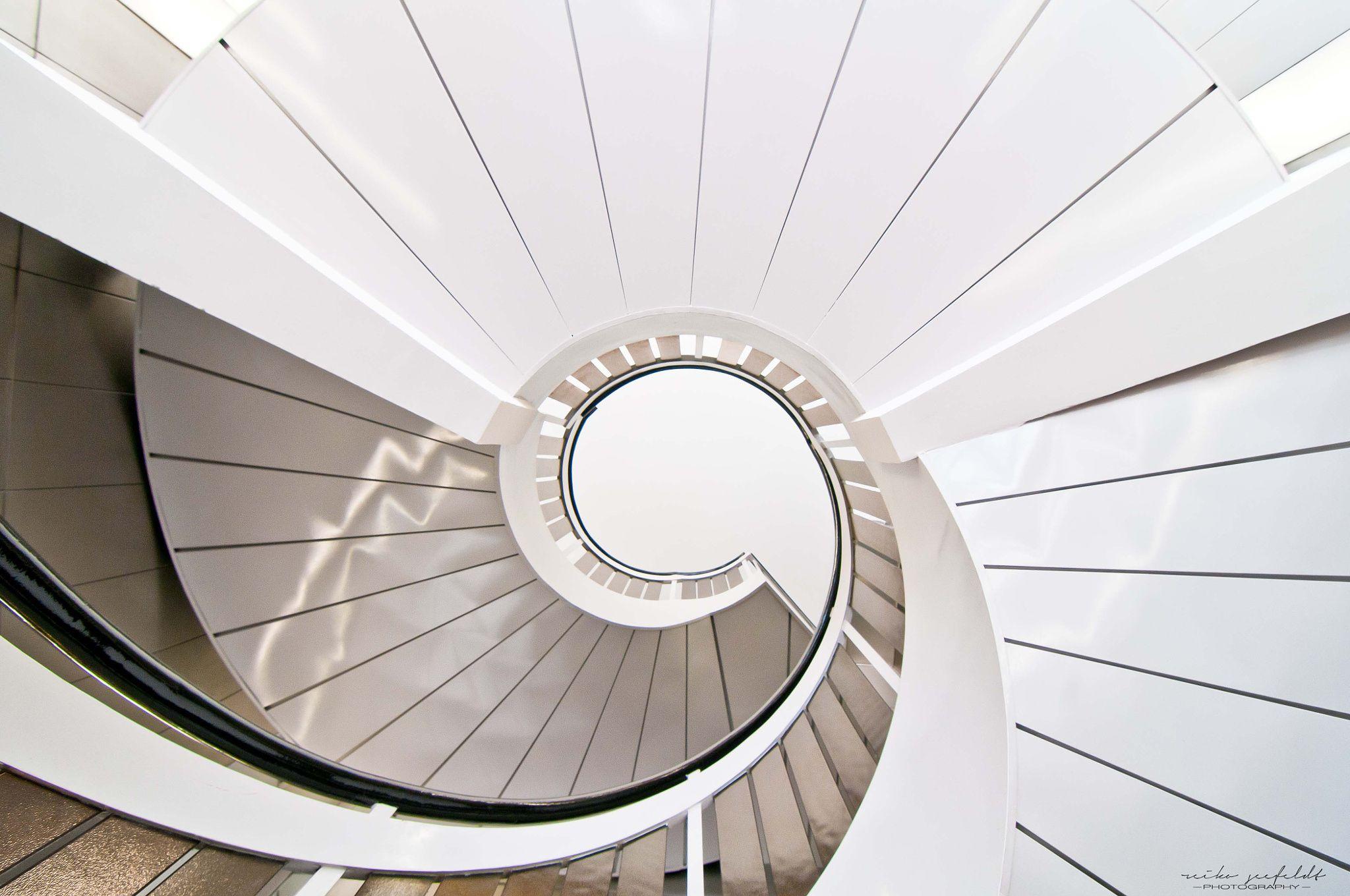 Staircase XXX by Reiko Seefeldt on 500px