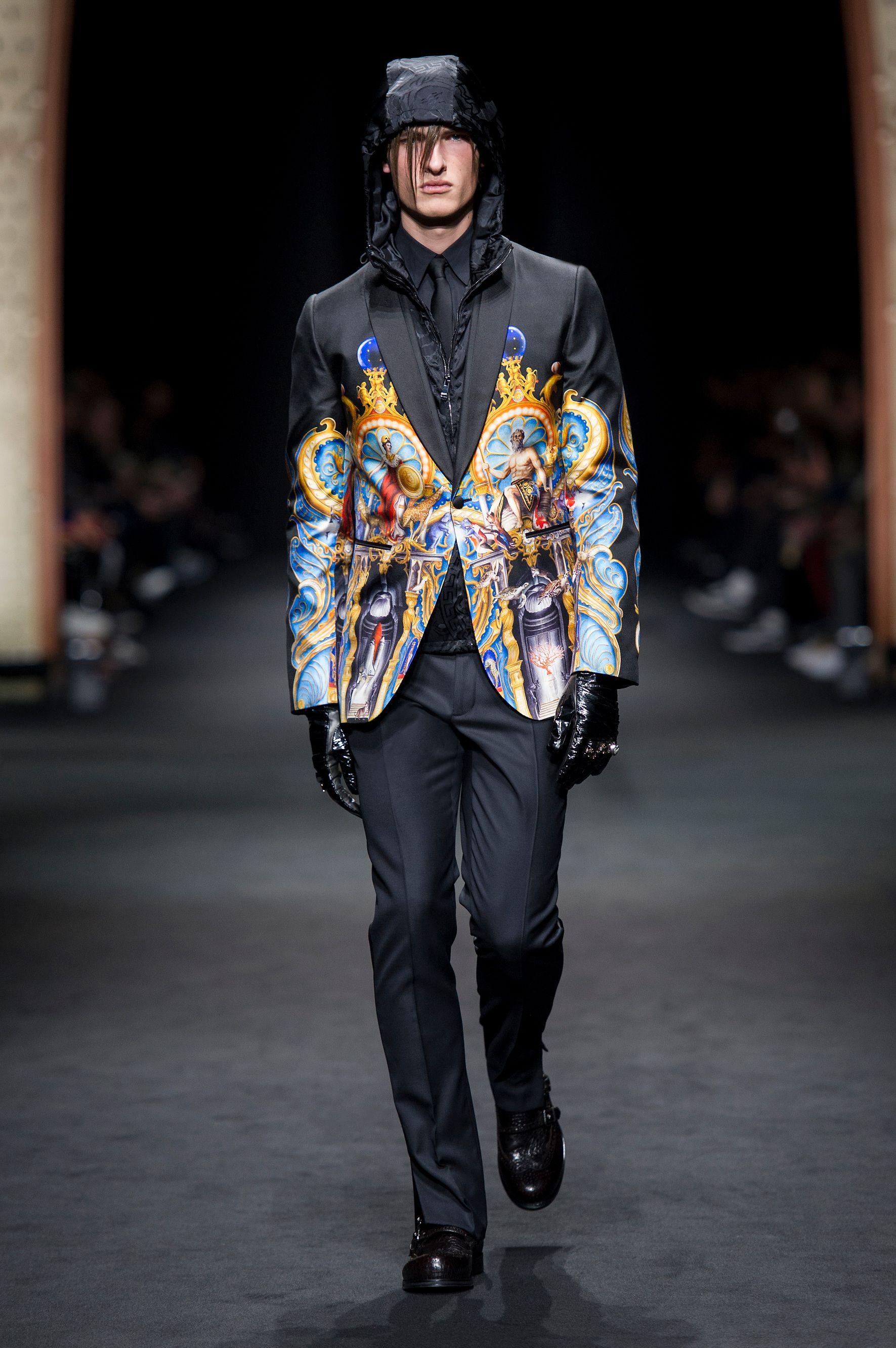 look 37 versace men 39 s fall winter 2017 show versace menswear fall winter 2017 pinterest. Black Bedroom Furniture Sets. Home Design Ideas
