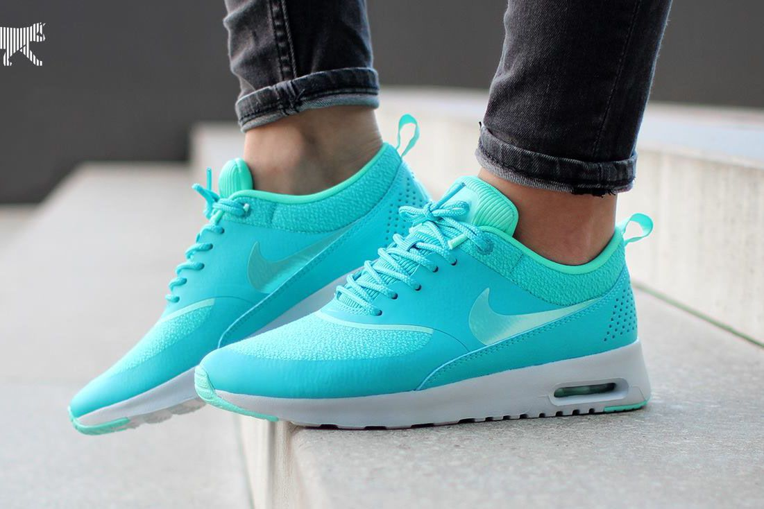 e9ce433e91 ... these are really pretty, turquoise nike air max theas ...