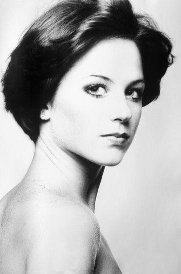 Dorothy Hamill Pinteres