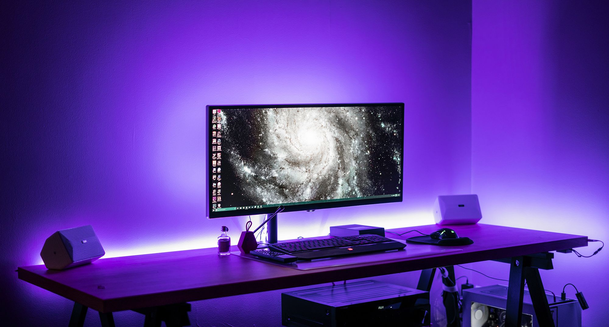 Make Your Desk Stand Out Among The Rest With Led Strip Lighting