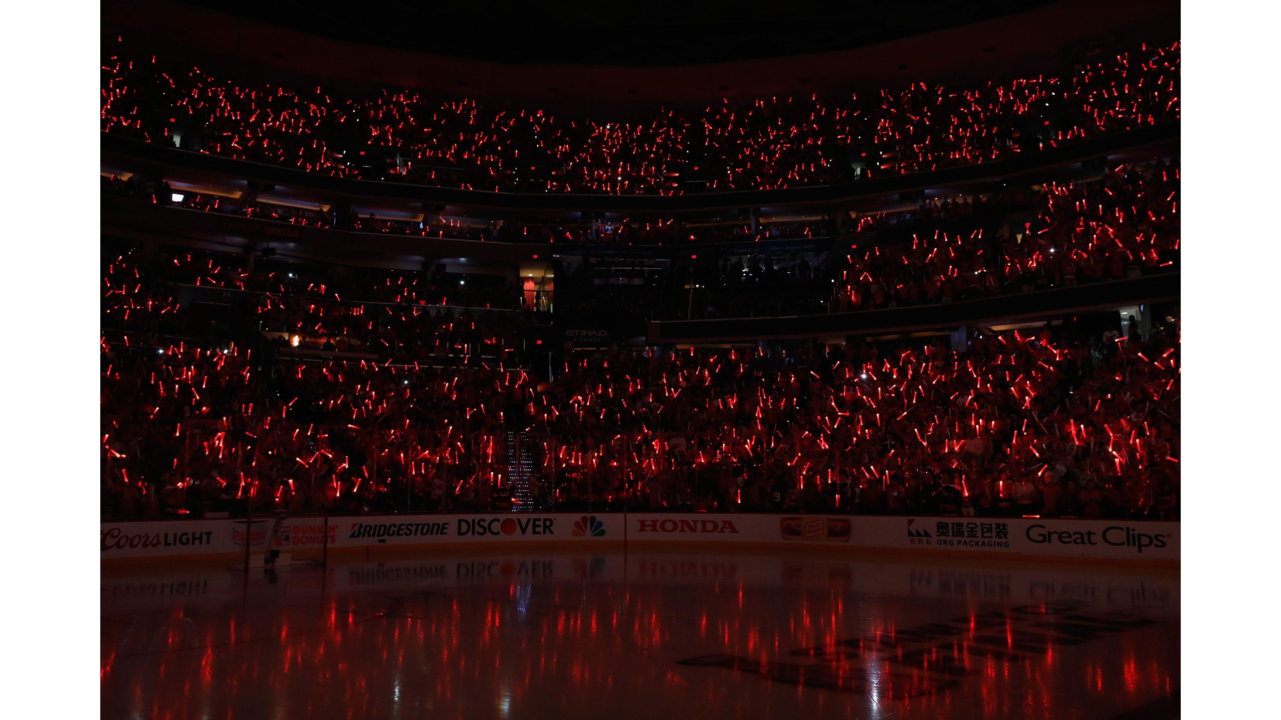 The Crowd Holds Up Red Lights Before Game Three Of The 2018 Nhl Stanley Cup Final Between The Vegas Golden Knig Nhl Stanley Cup Finals Nhl Vegas Golden Knights