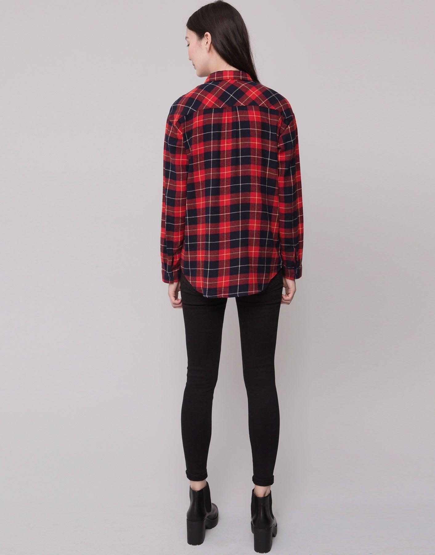 http://www.pullandbear.com/nl/nl/dames/blouses-en-hemden/basic-blouse-met-ruitenprint-c29019p6037234.html