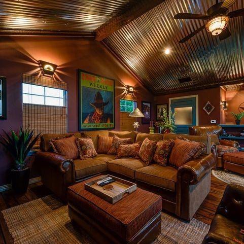 Interiores de casas r sticas dise o decoraci n e for Decoracion de casas acogedoras