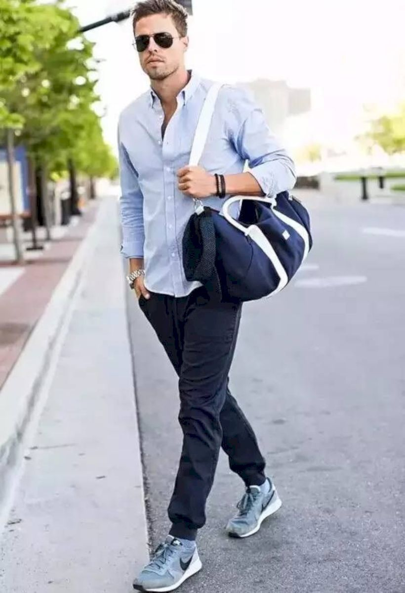 Pin by Anceli Peguero / HappyBoca on ezY | Sporty outfits men, Mens joggers  outfit, Joggers outfit