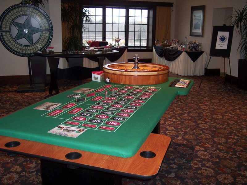 Pin by Shannon Robinson on CASINO Poker table, Decor