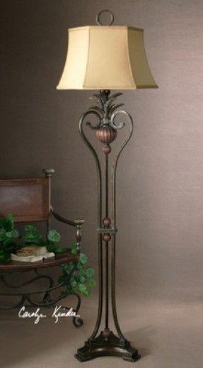 Charming Tuscan Floor Lamp #TuscanyAgriturismoGiratola