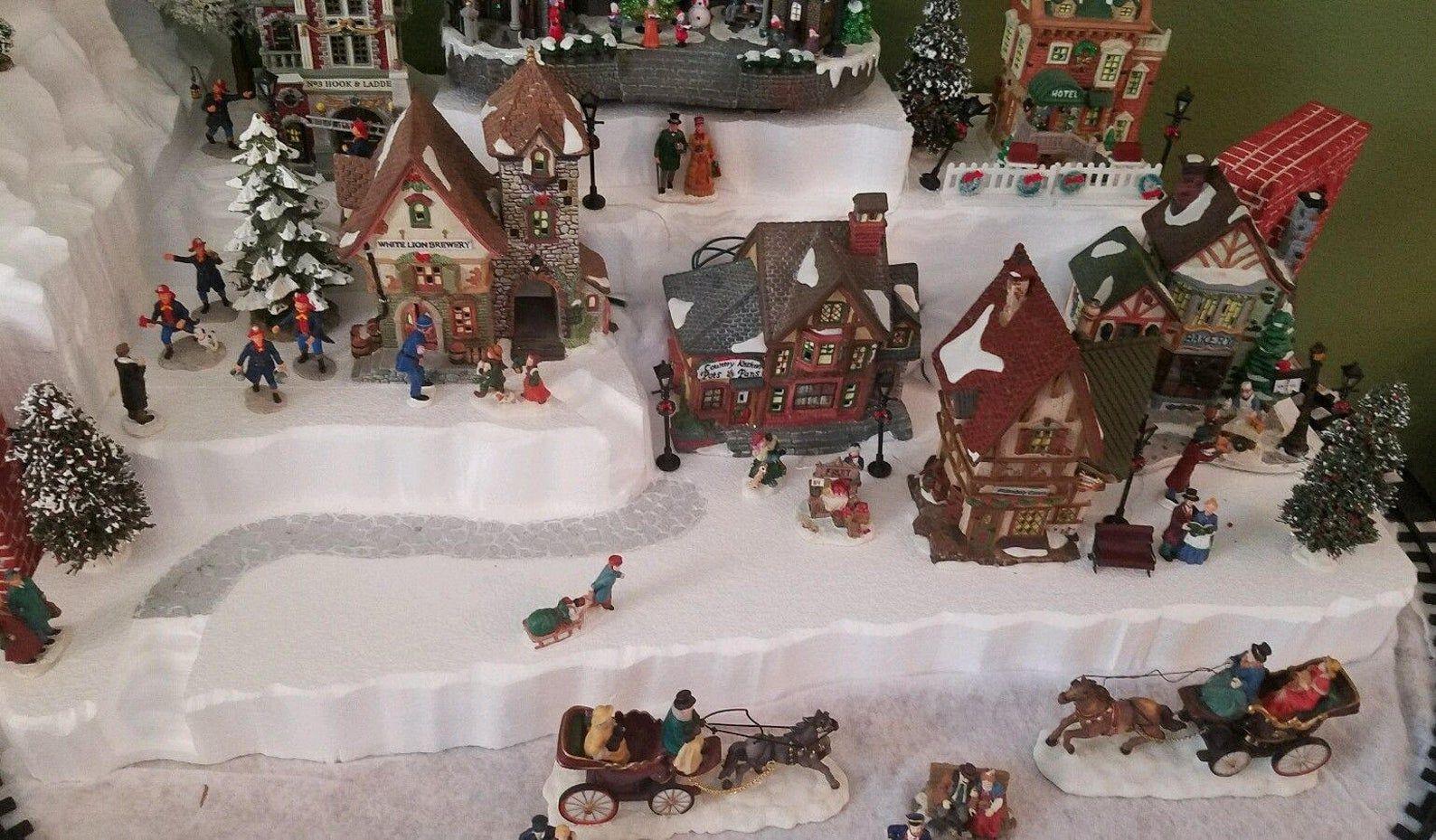 Christmas Village Display Platform for Lemax, Dept 56, Dickens, North Pole, Snow Village