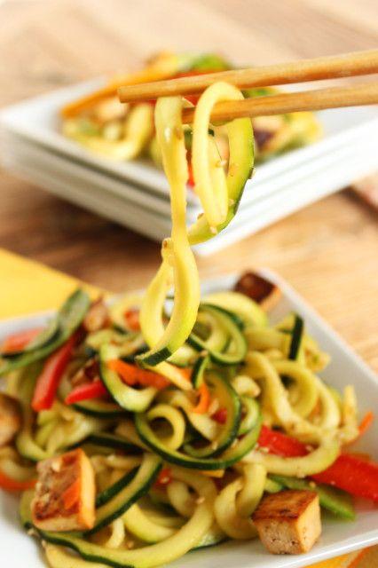 Asian noodles baked foto 127
