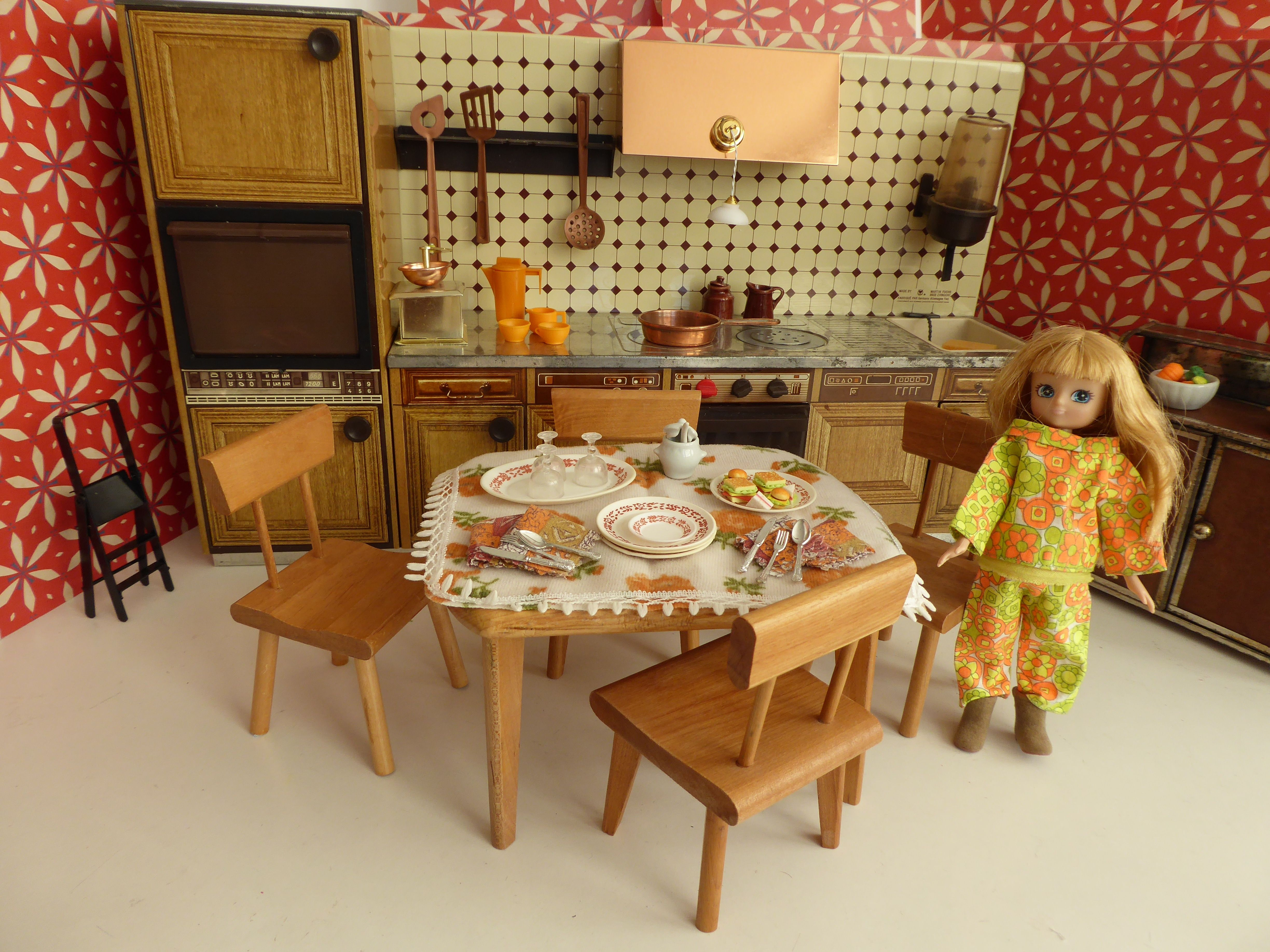 Fabulous Vintage Metal Kitchen Ready For All 6 11 Inch Dolls To Inhabit With Furniture And Accessories Available In Our Etsy