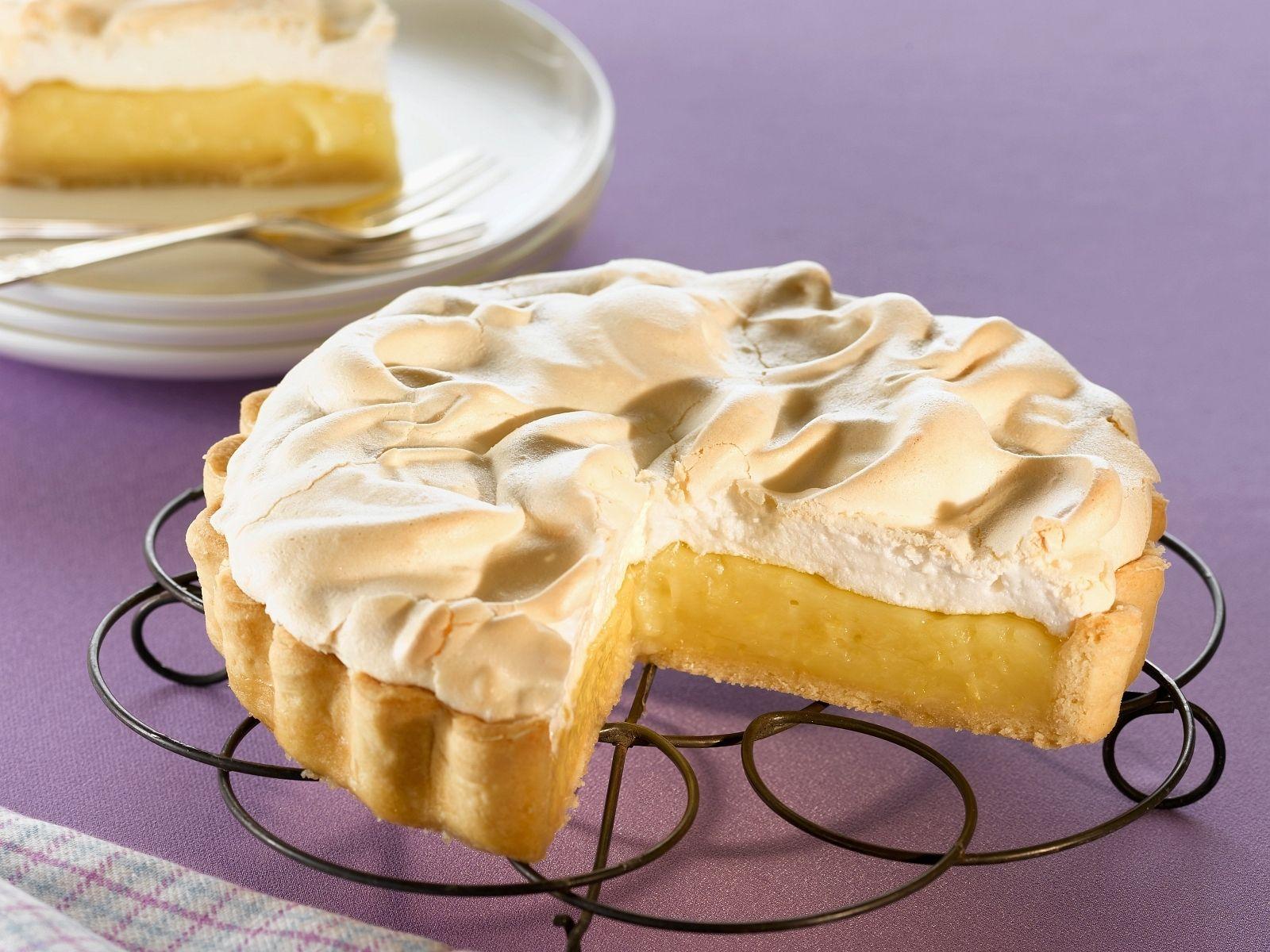 Zitronen-Baiser-Kuchen - smarter - Zeit: 40 Min. | eatsmarter.de