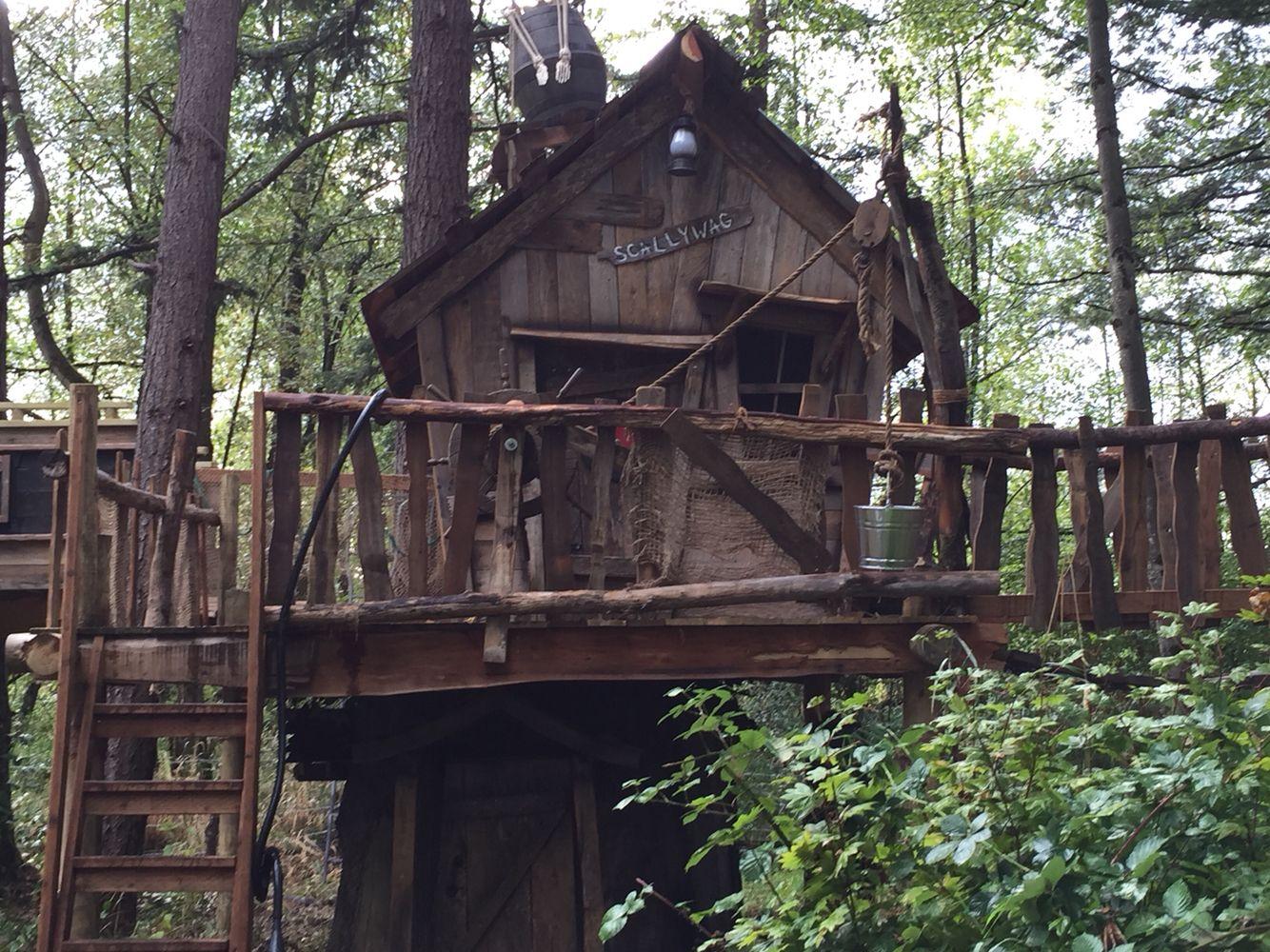 Custom Tree house by Tiny Town Studios