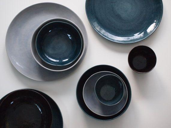 Geschirr Set aus 6 Tellern 6 Schalen und 3 von GeschirrManufaktur - ausgefallene geschirr und bucherschrank designs