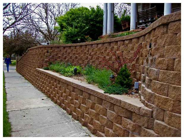 #brickwall #planter (just make the lower planter a bench