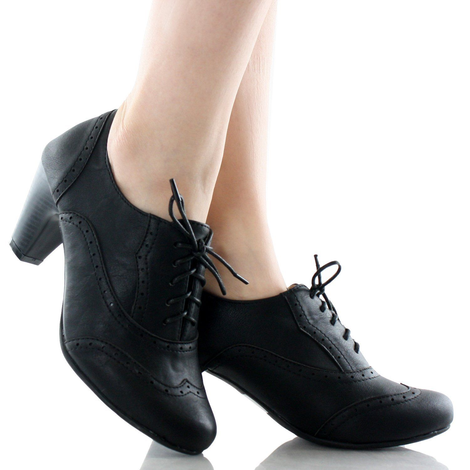 362ba7ae7b12 Amazon.com  Refresh Women Leatherette Lace Up Oxford Chunky Heel Bootie   Shoes