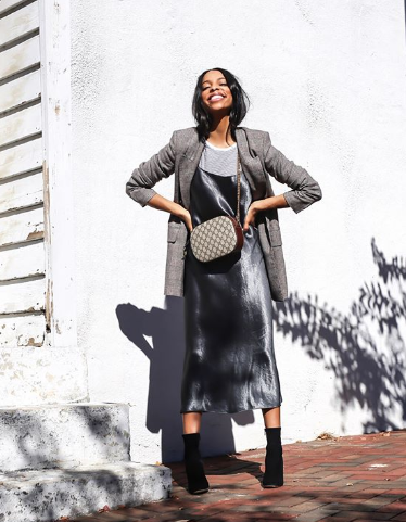 34cc2ea33 The Coolest Metallic Outfits We're Trying This Fall in 2019   FW2018 ...