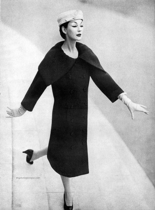 Harper's Bazaar September 1955.  Dovima wearing Dior, photo Richard Avedon