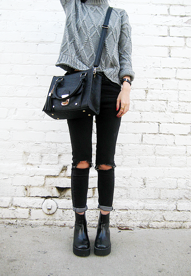 6fab824de3b5 It Is A Must-Have  Black Ripped Knee Skinny Jeans   Casual style ...