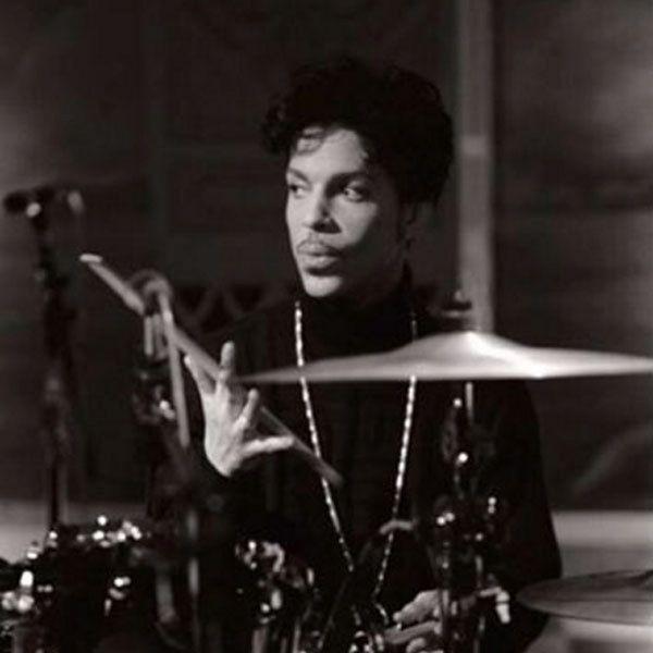 Cantor, compositor e multi-instrumentista, Prince também era um baterista talentoso