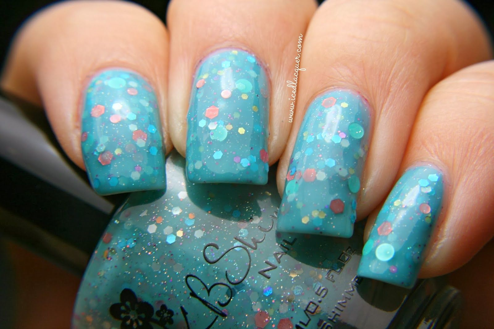 Iced Lacquer: KBShimmer Laugh Myself Lily