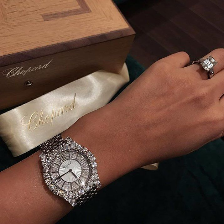 1 136 Likes 32 Comments Saudi Fashion Addict Classy Closet7 On Instagram Chopard ماشاءالله ساعة أفن Chopard Watch Bracelet Watch Silver Watch
