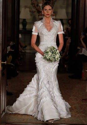 Christian Lacroix Wedding Dresses     OBSESSED WITH THE DRESS ...