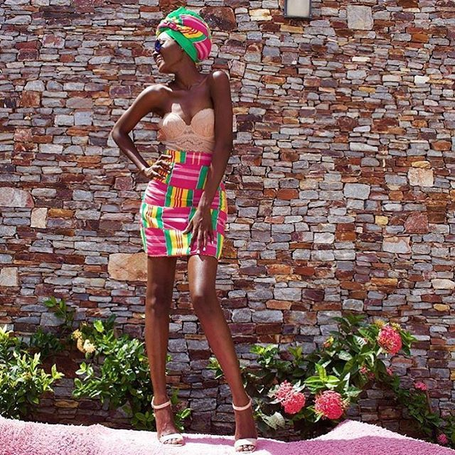 One fascinating thing about #KENTE is the many different ways you can style it up. Look how Ghana's drop dead gorgeous model @iamhamamat rocks this look  #COUTUREAFRIQUE #KENTE #CULTURE #fashion #style #model