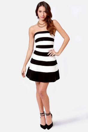 Black white dress striped