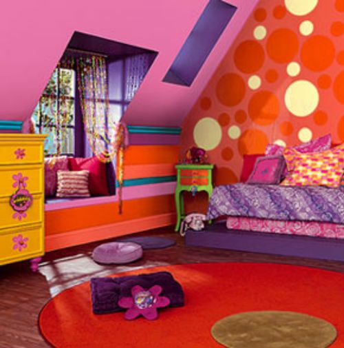 Rainbow Themed Room: Lizzie McGuire Inspired Bedroom