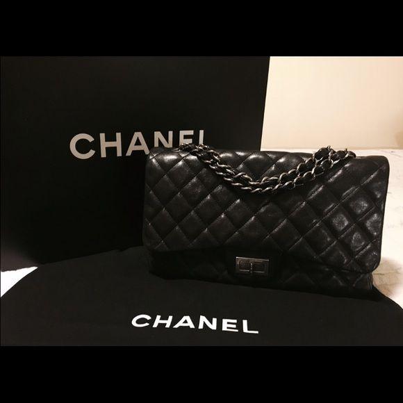 c09b76df45a3 SALE CHANEL JUMBO REISSUE BAG 277 AUTHENTIC 100% Authentic. Jumbo Chanel  2.55 Single Flap Bag 277 size. Mademoiselle lock, ruthenium silver  hardware, ...