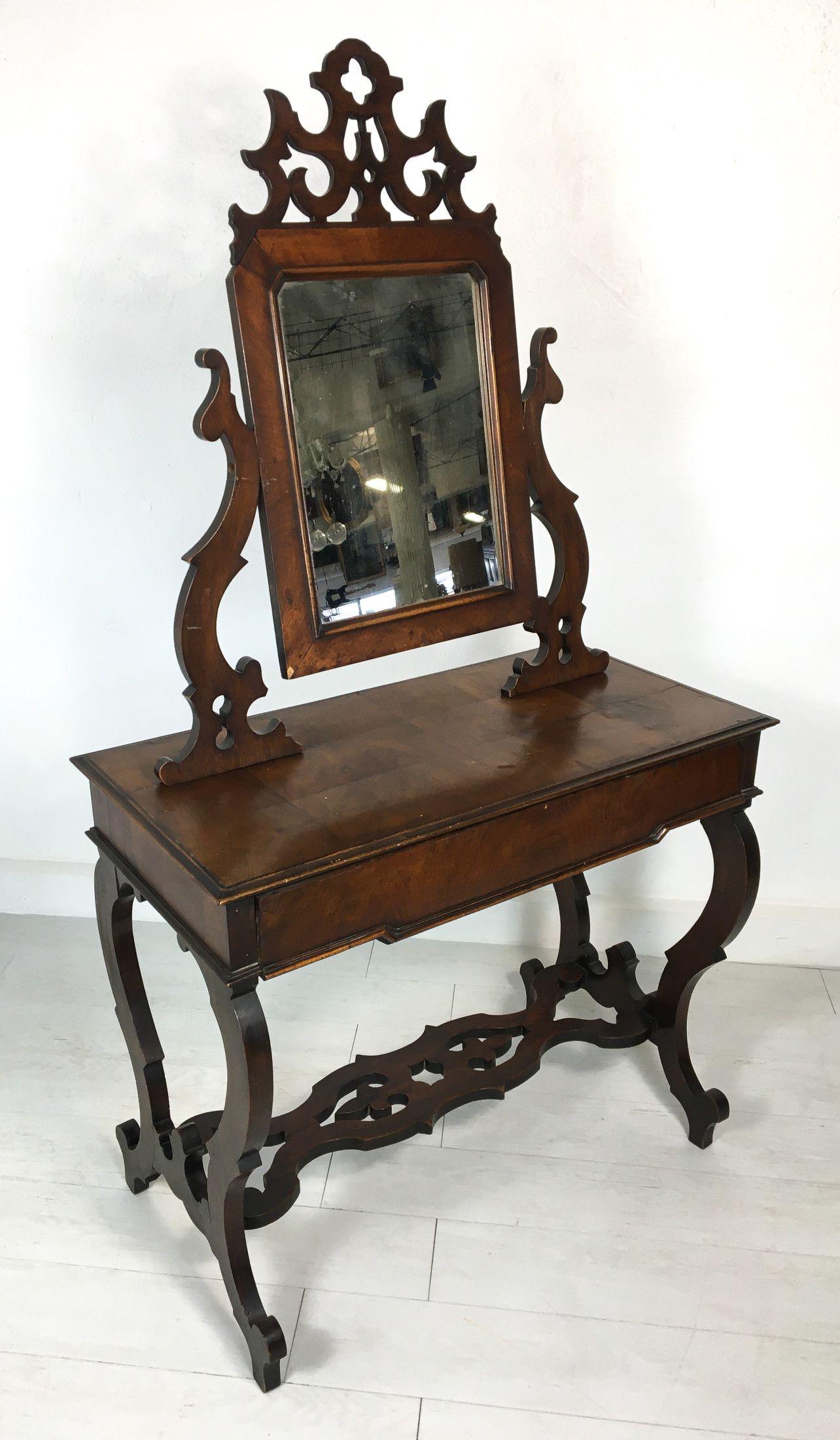 Toilette Luigi Filippo in legno di noce in parte massello ...