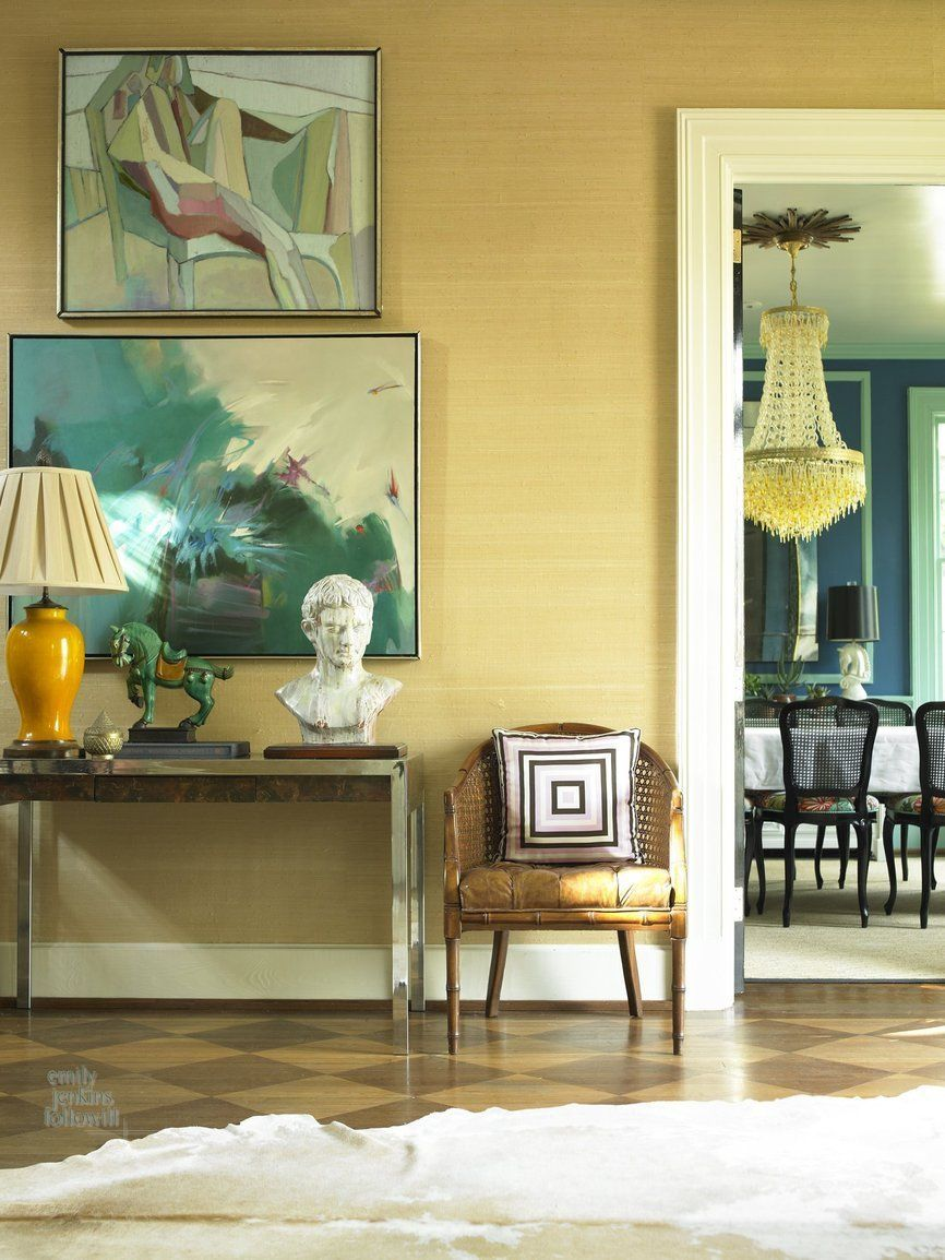 A Contrast Of Glamorous Classic Elements House Of Chic Decor Grasscloth Walls