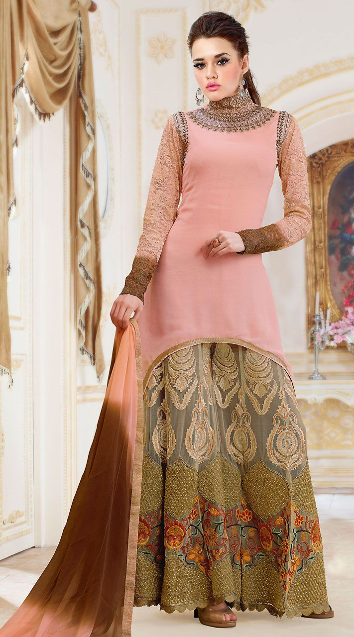 Lovely Light Pink  Handkerchief Hemline Kameez With Silver Palazzo Pant