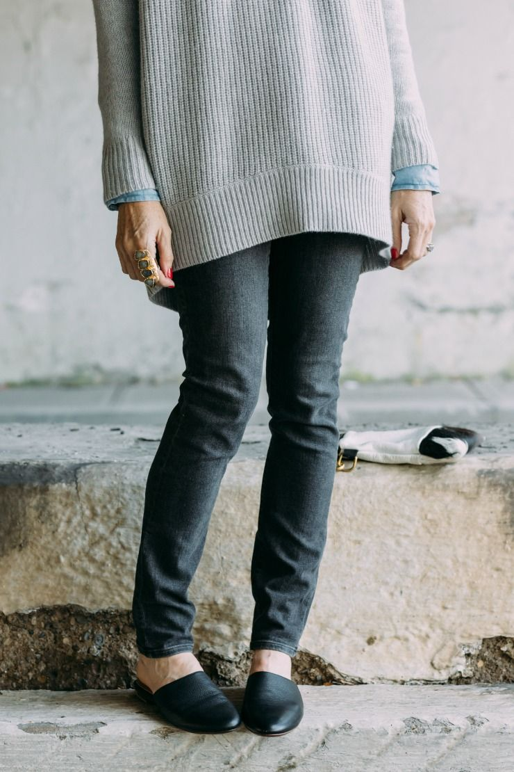 Oversized Grey Sweater Outfit | Oversized grey sweater, Cashmere ...