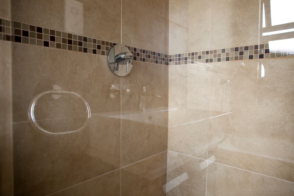 Shower Cubicle Enclosed | SKILLFULLY CRAFTED BATHROOMS | Pinterest ...