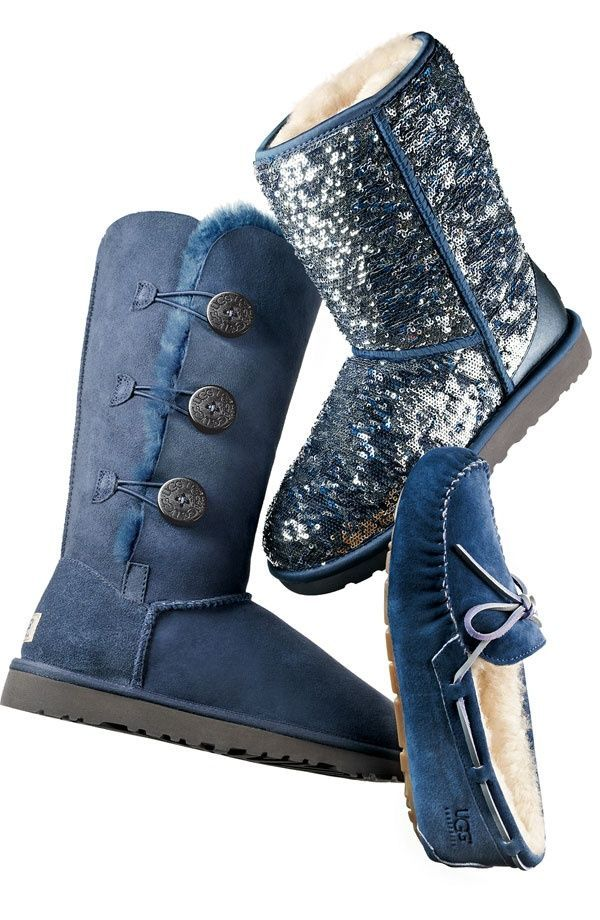 28ff7b351bd91 UGG Classic Short Sparkles Boots 3161 Silver