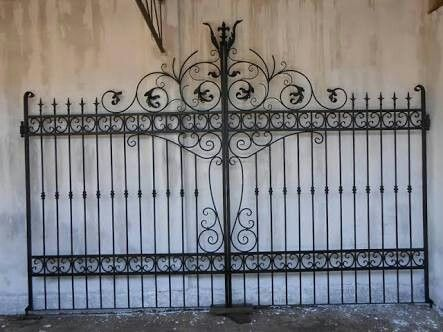 Pin De Andre Damasco Em Portoes Grades De Ferro Portao De Ferro Grades
