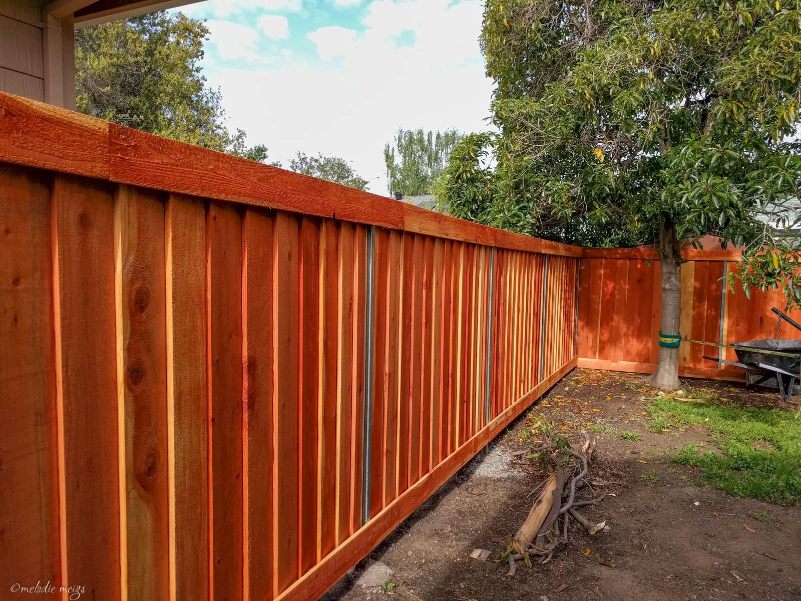 How To Guide For Building A Gorgeous Modern Good Neighbor Fence Yourself Making It Look Consistent Down The Good Neighbor Fence Fence Design Building A Fence