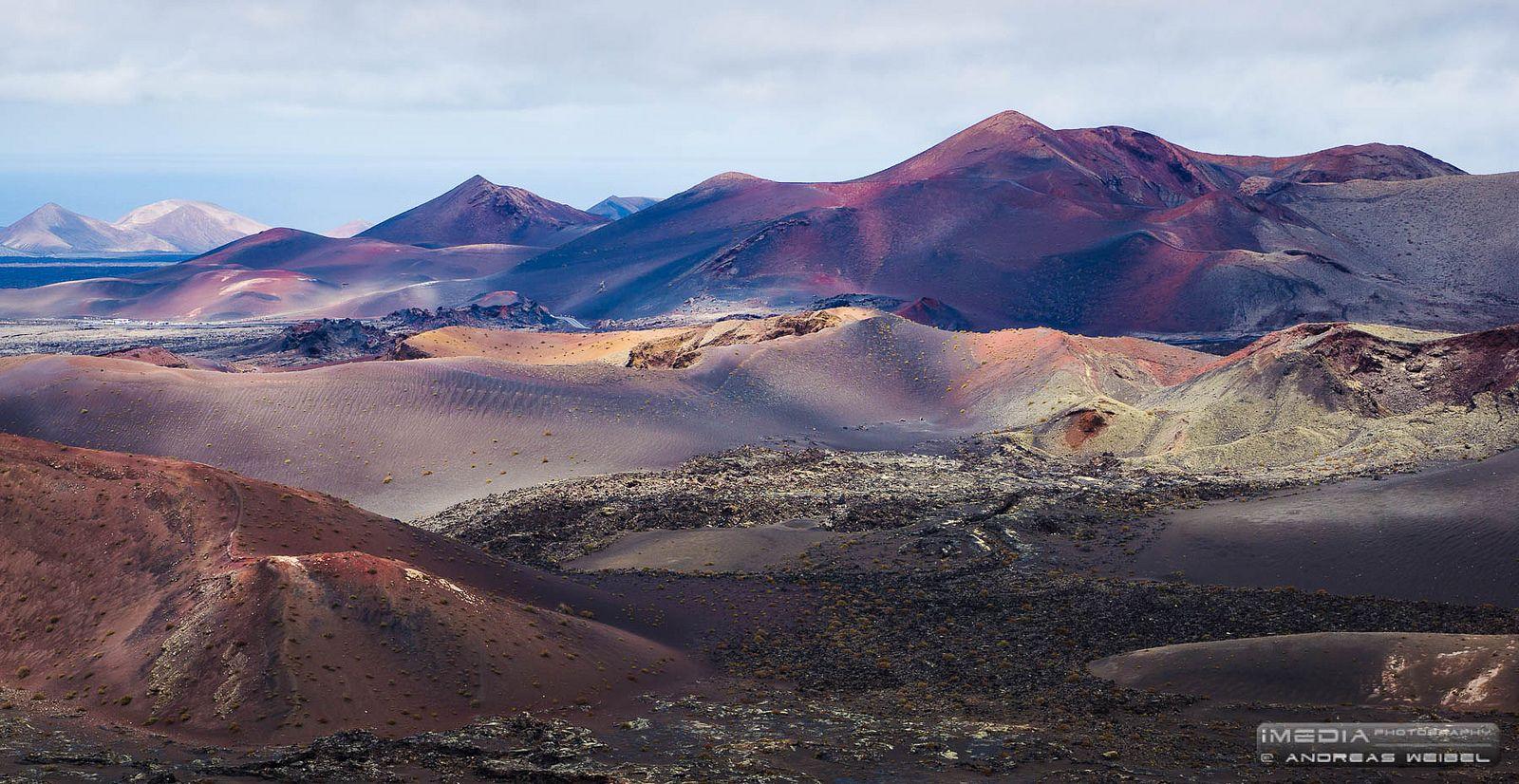 Montañas De Fuego Lanzarote Canarias National Parks Natural Landmarks Places To Visit