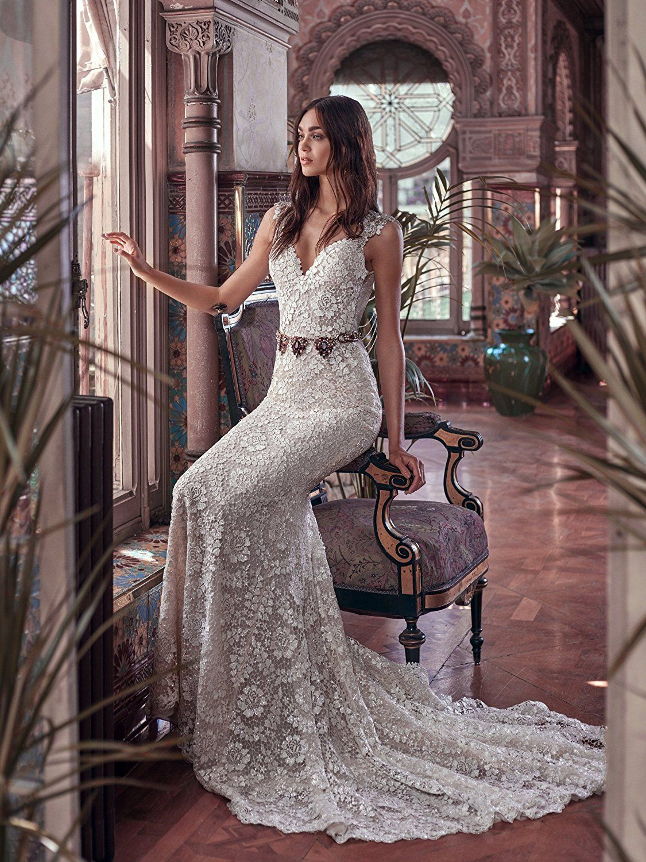 4fa62f9f7ff Gogh White Special Value Oleg Cassini Satin Bodice Organza Wedding Dress at  Amazon Women s Clothing store