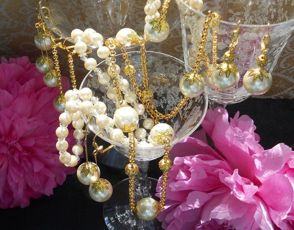 #Vintage Faux Pearls ~ Made in Japan ~ #Pearls #Romance #Vintage #Jewelry #Fashion #Style