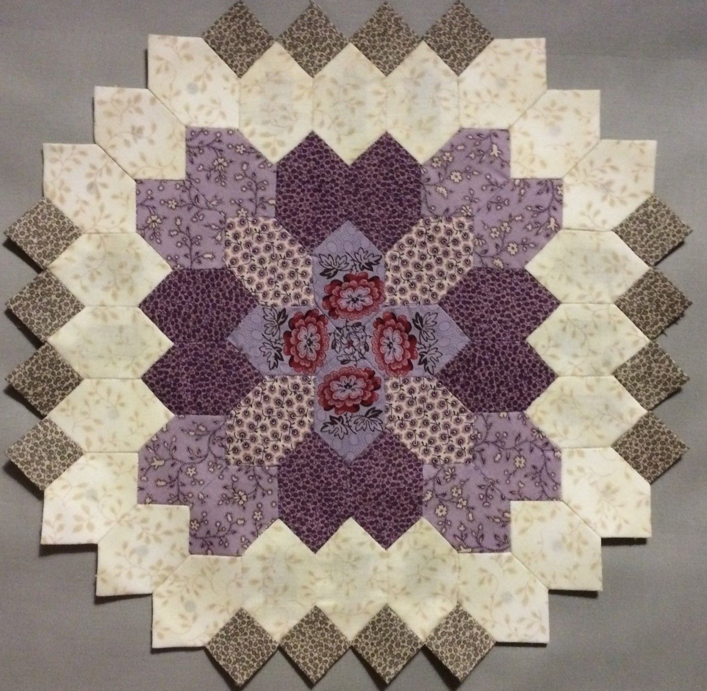 Lovely English Paper Pieced Block.... Lucy Boston POTC quilt block 17 by Carolyn