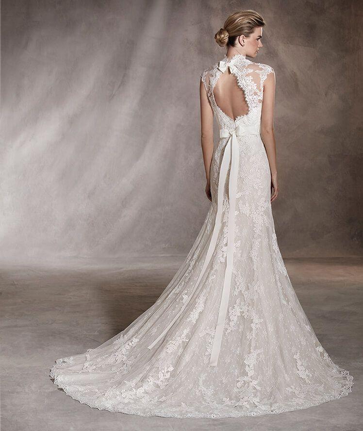 Andrea - Vestido de noiva com decote em coração, em tule e renda - Pronovias 2017