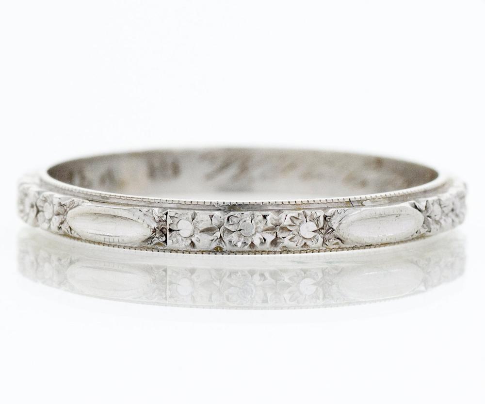 Antique Wedding Band Antique 18k White Gold Engraved 1937 Etsy Antique Wedding Bands Antique Wedding Rings Platinum Wedding Band Womens