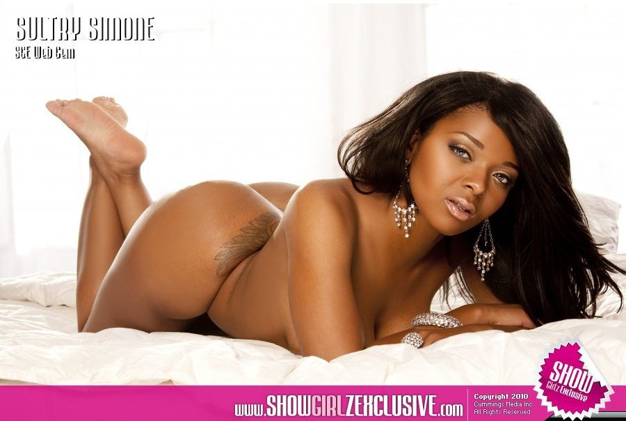 Sultry simone nude pics