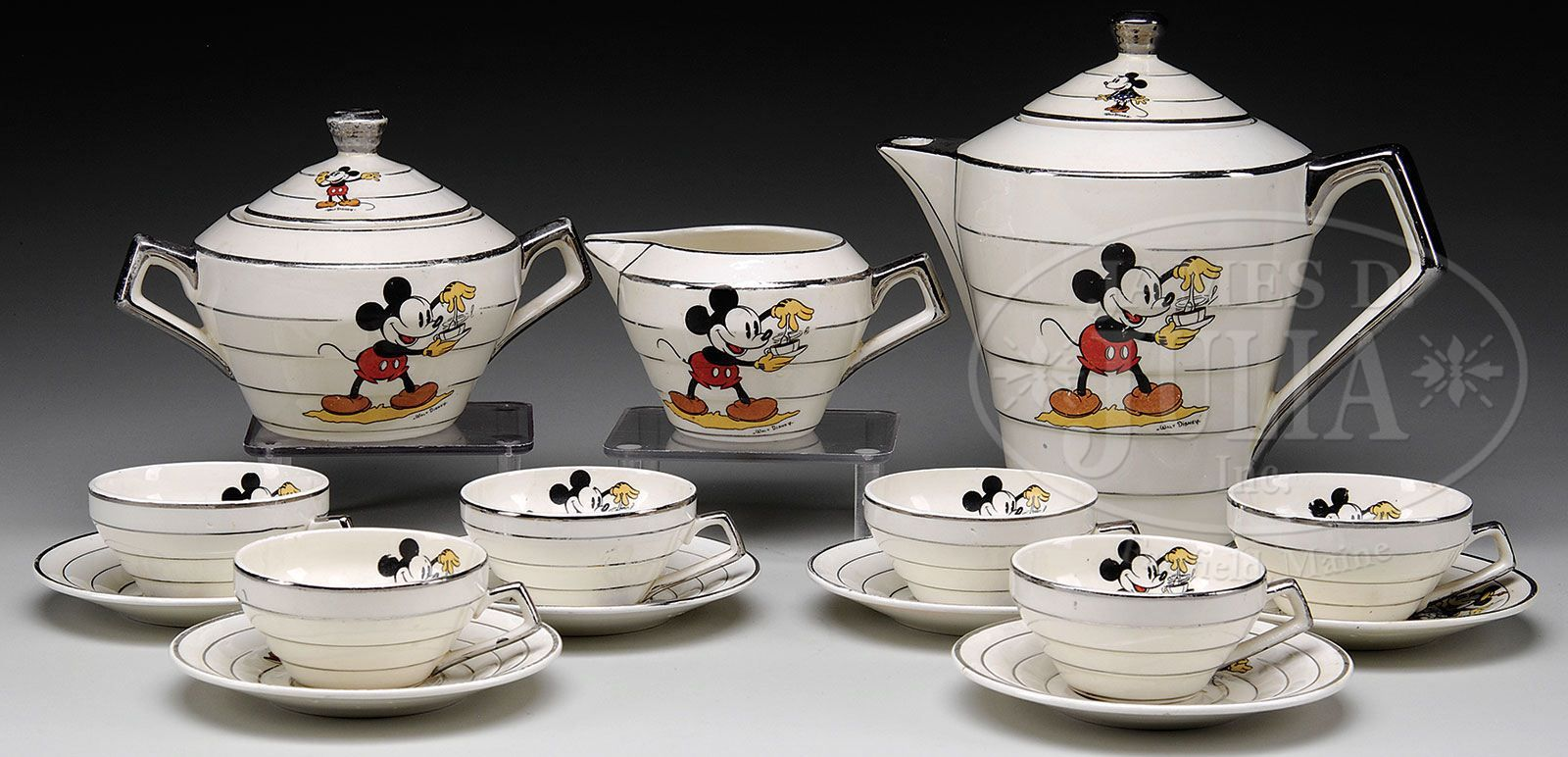 Mickey Mouse tea set  Cuisines deco, Dinette, Tasses disney
