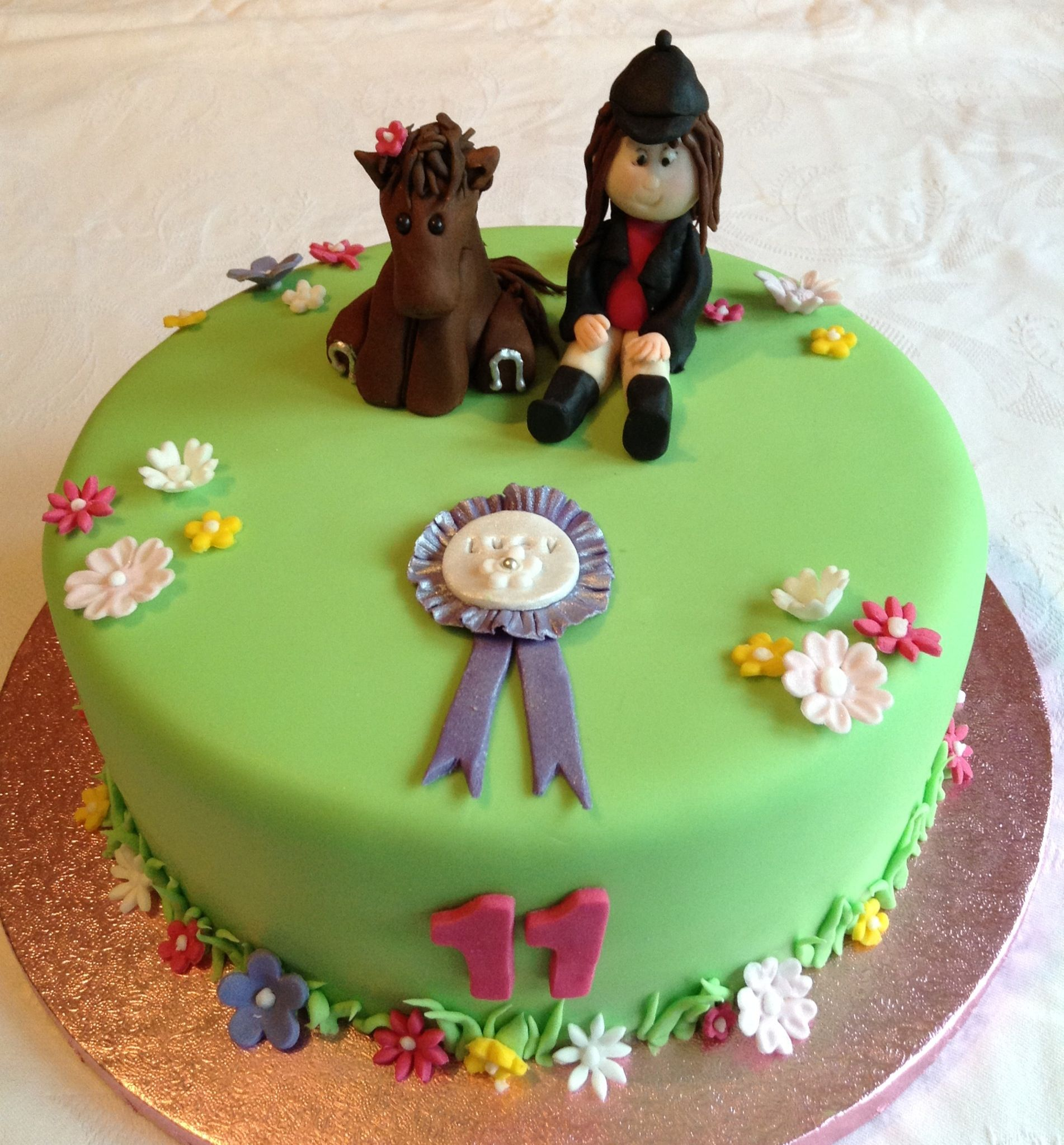 Horse Themed Cake For A Girl Horse Themed Birthday Pinterest - Horse themed birthday cakes